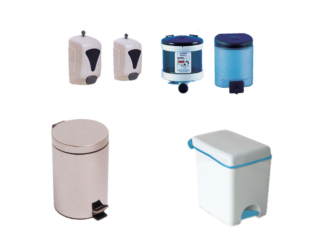 Dispensadores de jabón y papeleras